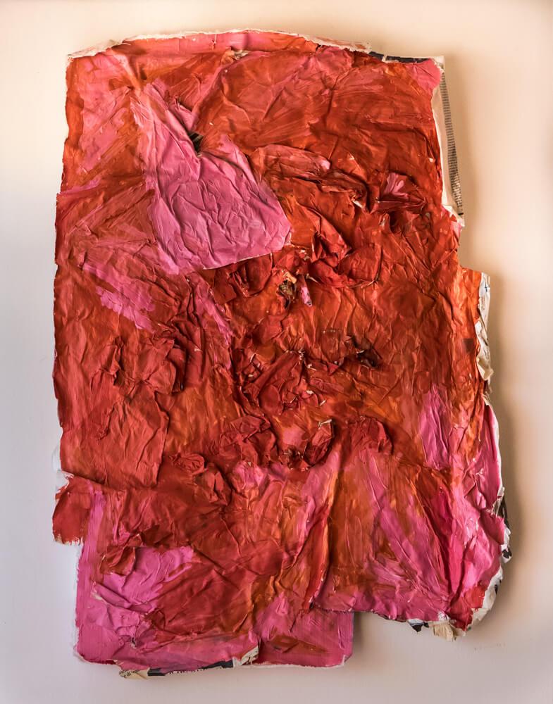 Alice Voglino, Inner Sun Rose, 2017, acrilici, carta di quotidiano, tessuto, cm 85x62x4