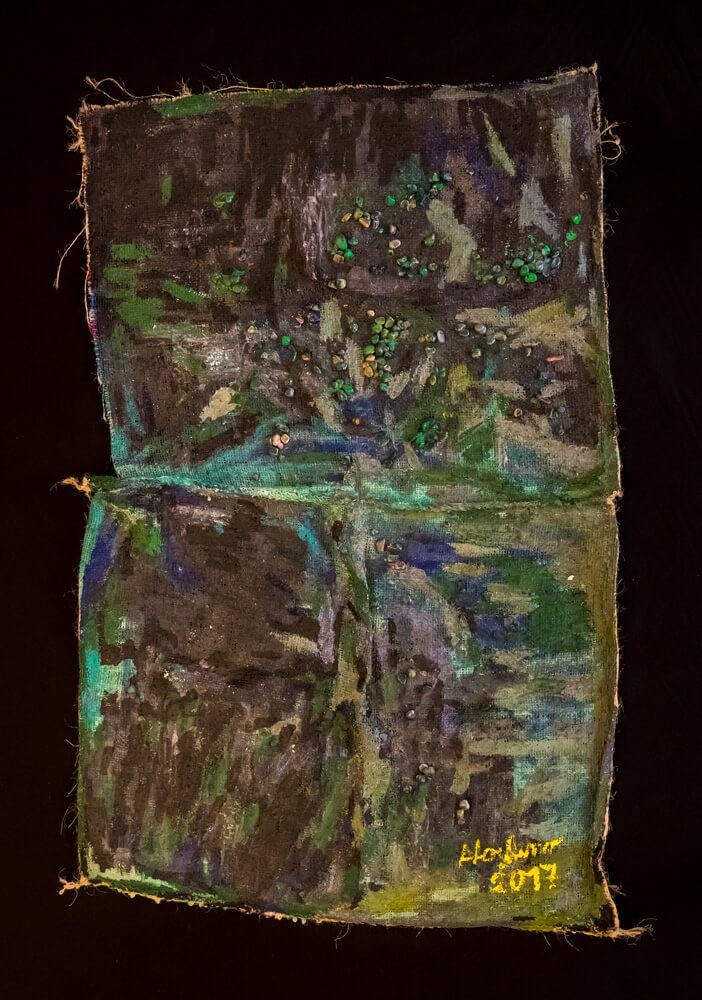 Alice Voglino, Inedito, 2017, acrilici, sassi , vetro su juta, cm140x90x6