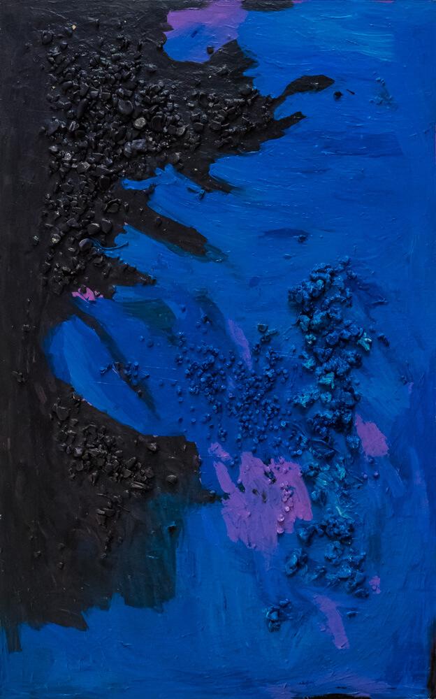 Alice Voglino, La bufera, 2017, acrilici, gesso, sassi, cm125x78,5x2,5